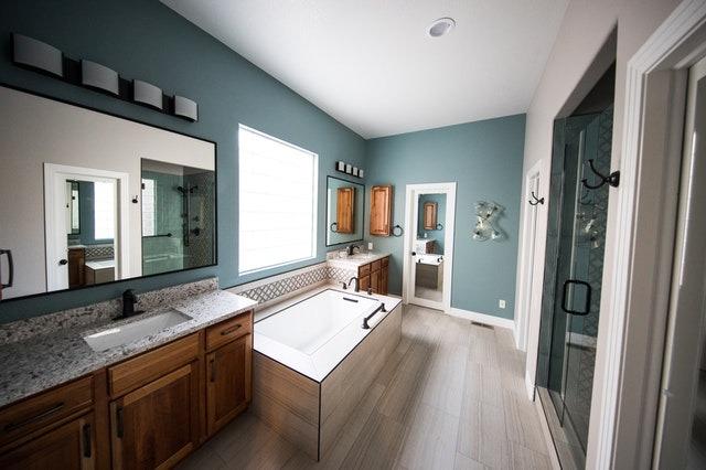 Ιδέες για Αναδιαμόρφωση & ανακαίνιση μπάνιου